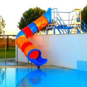 Toboganes acuáticos para piscinas municipales