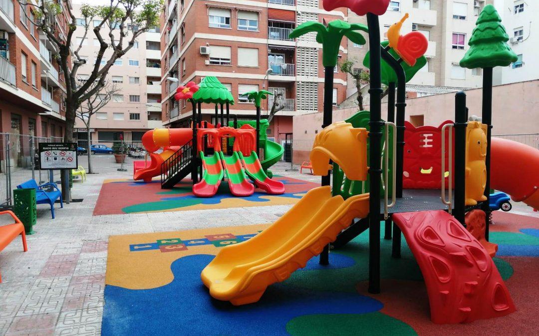 El Ayuntamiento de Mislata Instala Parque Infantil exterior